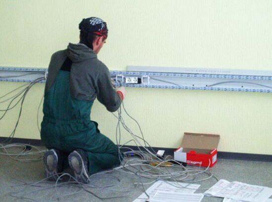 Электромонтажные работы в Орше (E-man.by)