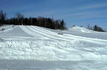 Старейший горнолыжный курорт Якутские горы продают за 1 млн USD